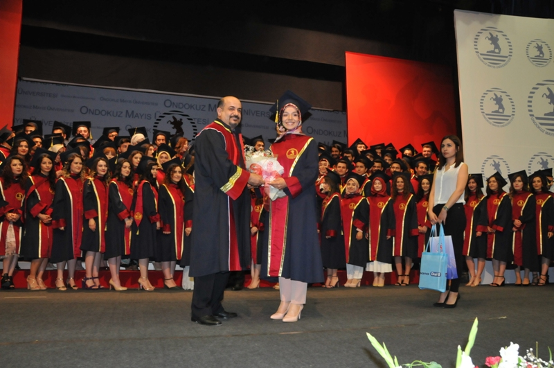 http://www.omu.edu.tr/sites/default/files/files/125_dentists_graduated_from_omu_/dsc_0790.jpg