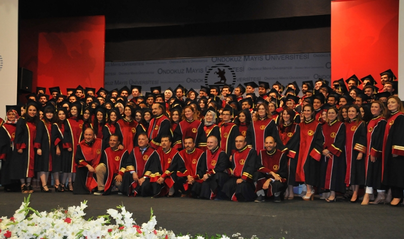 http://www.omu.edu.tr/sites/default/files/files/125_dentists_graduated_from_omu_/dsc_0855.jpg