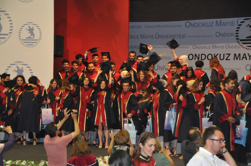 http://www.omu.edu.tr/sites/default/files/files/125_dentists_graduated_from_omu_/dsc_0862.jpg