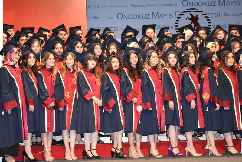http://www.omu.edu.tr/sites/default/files/files/125_dentists_graduated_from_omu_/dsc_4537.jpg