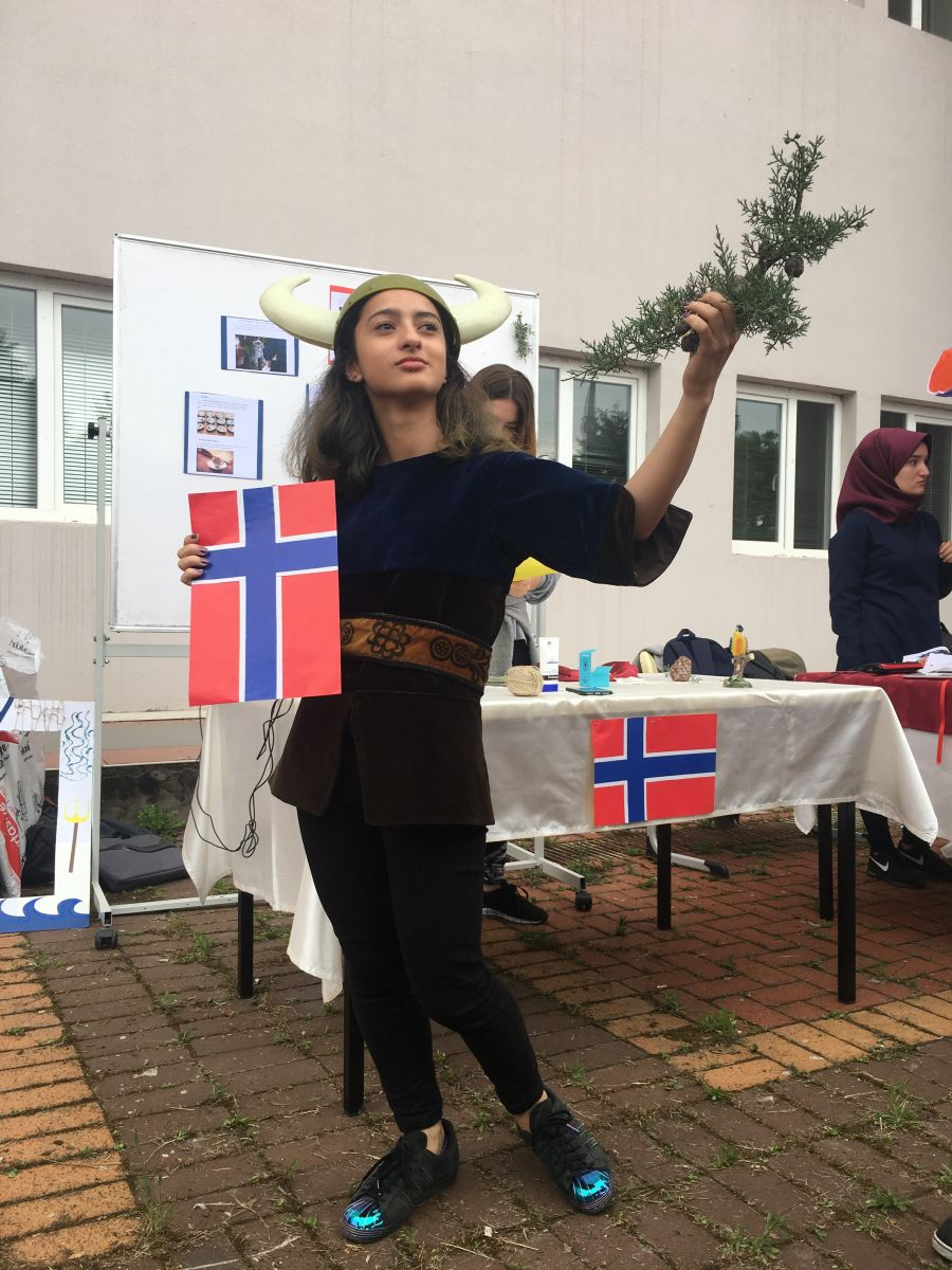 http://www.omu.edu.tr/sites/default/files/files/3._intercultural_day_celebrated/iphone_6s_photos_2548.jpg