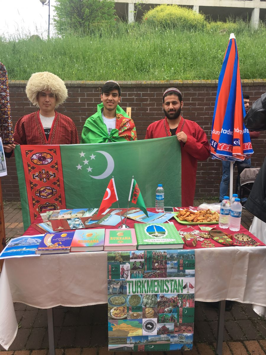 http://www.omu.edu.tr/sites/default/files/files/3._intercultural_day_celebrated/iphone_6s_photos_2566.jpg
