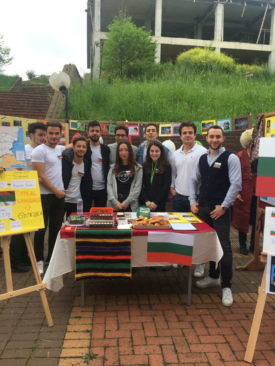 http://www.omu.edu.tr/sites/default/files/files/3._intercultural_day_celebrated/iphone_6s_photos_2569.jpg