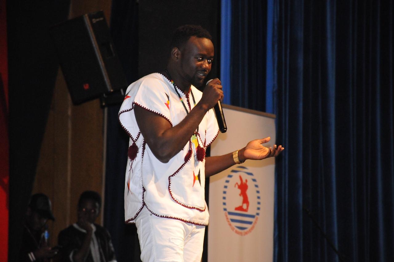 http://www.omu.edu.tr/sites/default/files/files/afrika_biziz_afrika_hepimizindir/dsc_0201.jpg