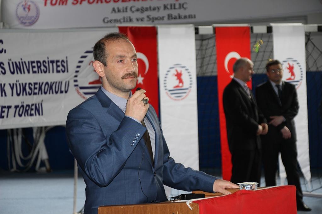 http://www.omu.edu.tr/sites/default/files/files/alacam_myoda_mezuniyet_kivanci/onur_bekiroglu.jpg