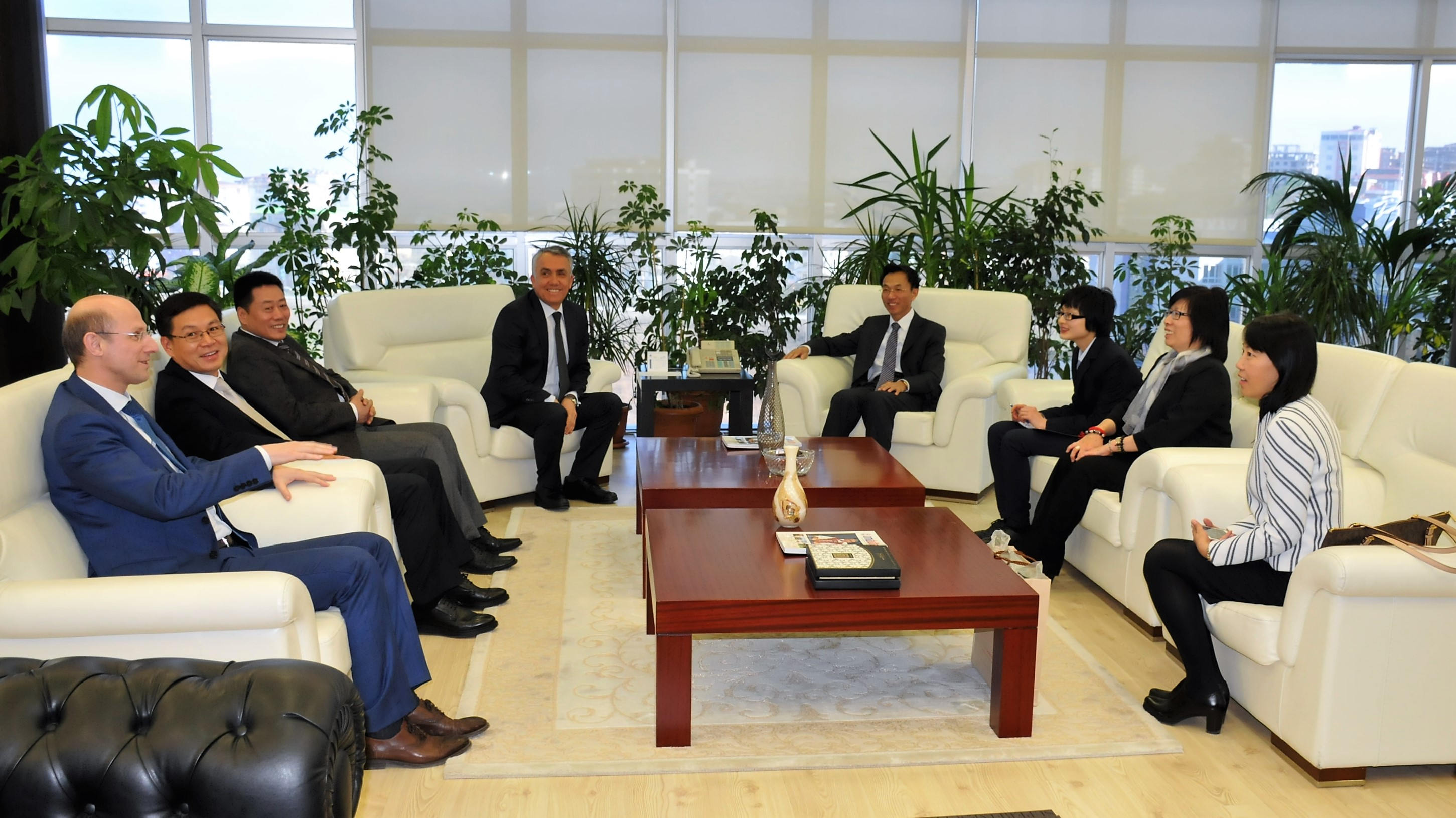 http://www.omu.edu.tr/sites/default/files/files/ambassador_of_the_peoples_republic_of_china_visits_rector_bilgic/dsc_0010.jpg