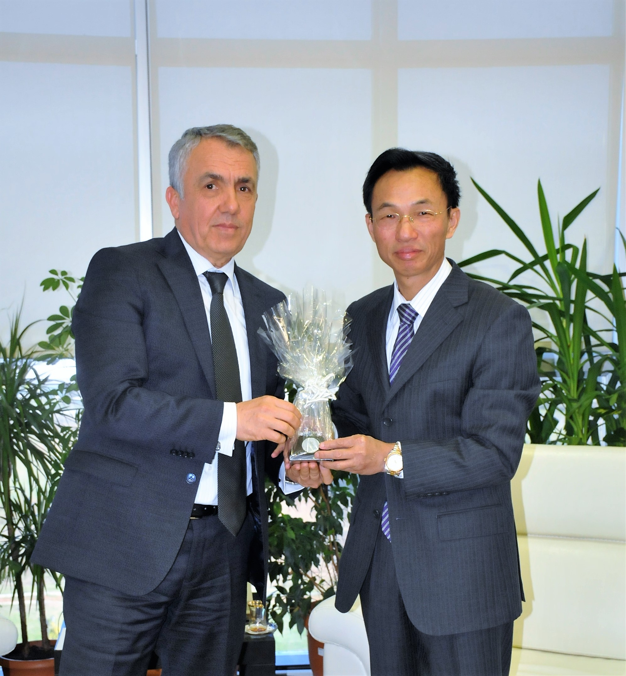 http://www.omu.edu.tr/sites/default/files/files/ambassador_of_the_peoples_republic_of_china_visits_rector_bilgic/dsc_0028.jpg