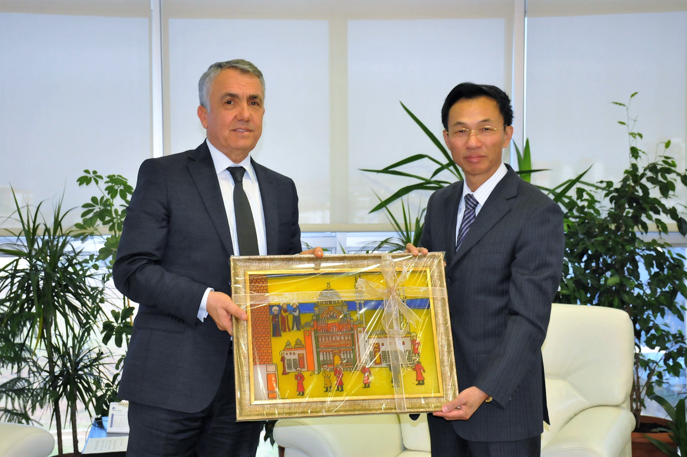 http://www.omu.edu.tr/sites/default/files/files/ambassador_of_the_peoples_republic_of_china_visits_rector_bilgic/dsc_0033.jpg