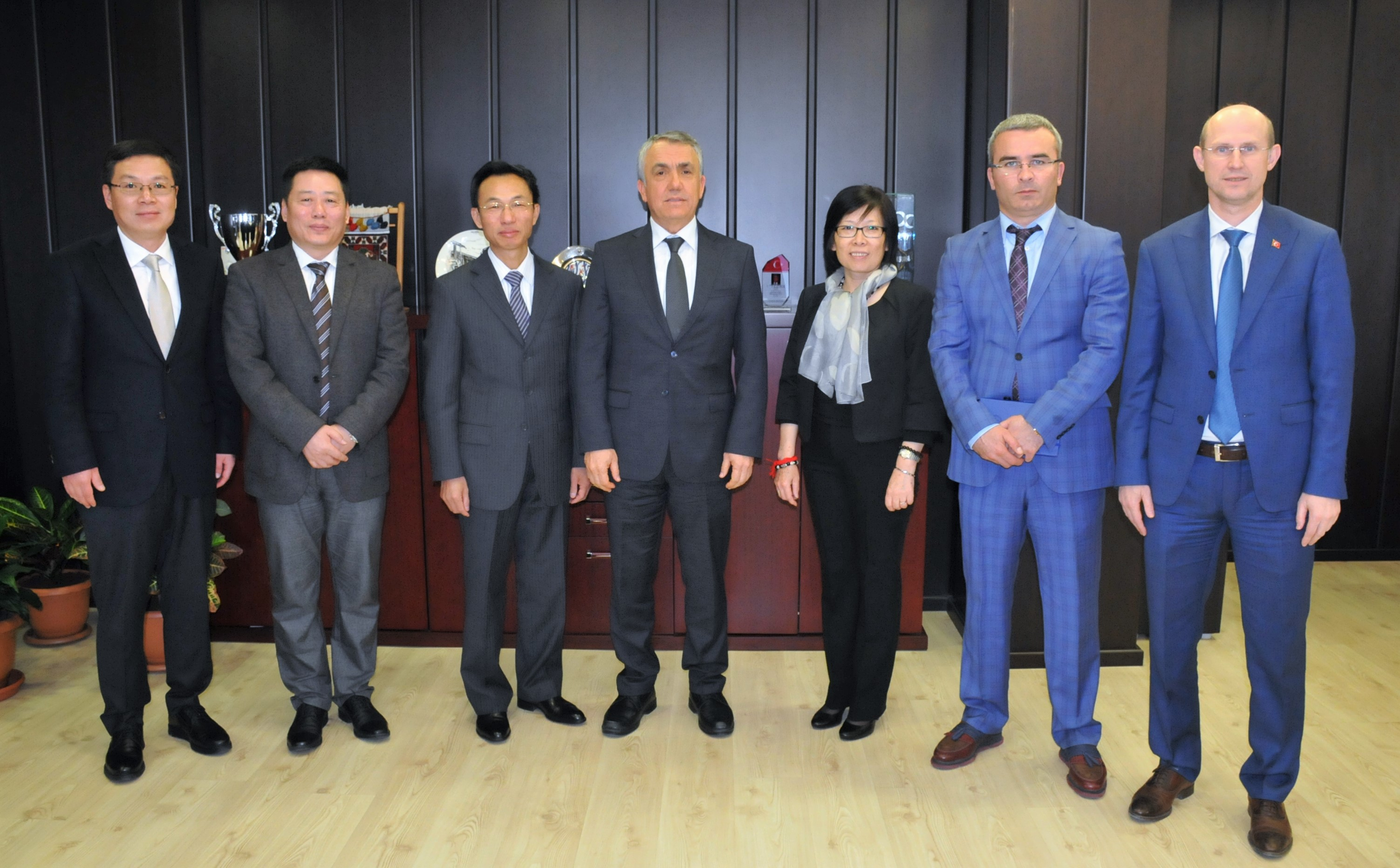http://www.omu.edu.tr/sites/default/files/files/ambassador_of_the_peoples_republic_of_china_visits_rector_bilgic/dsc_0038.jpg