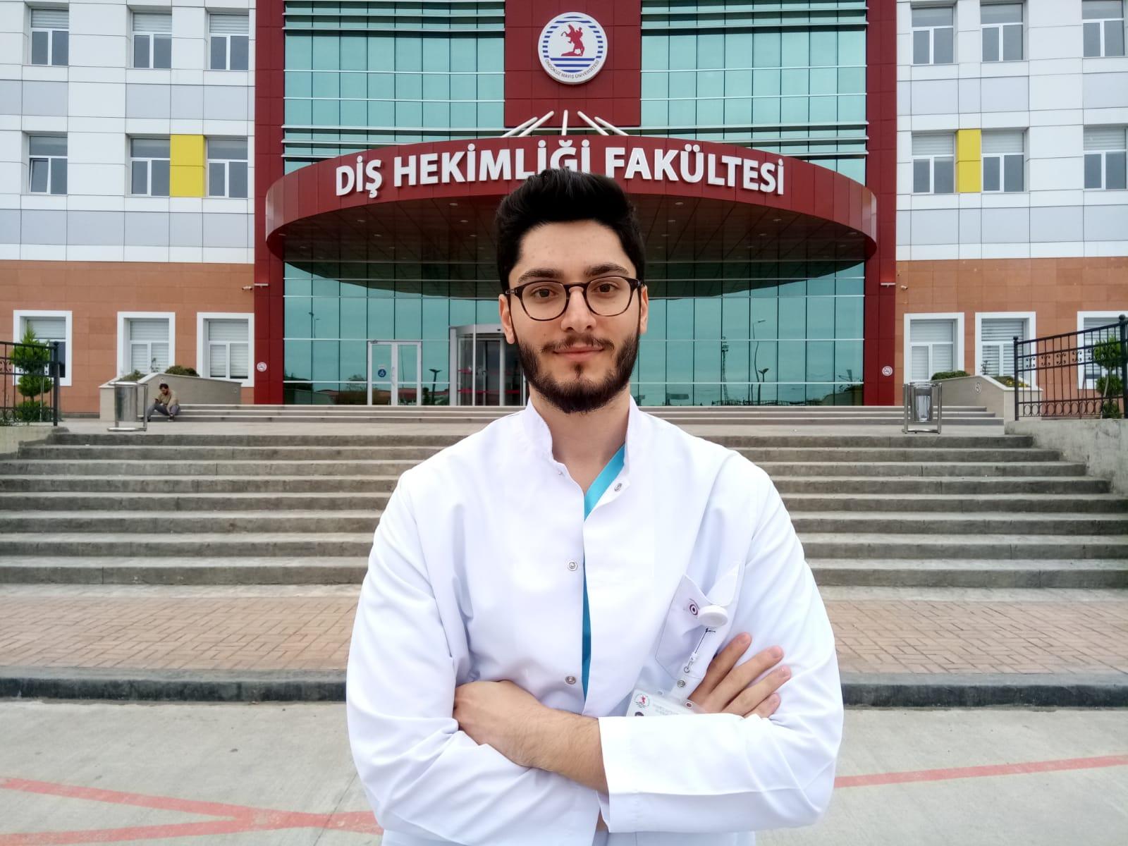 DUS Türkiye birincisi OMÜden