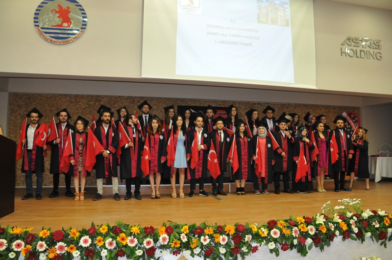 http://www.omu.edu.tr/sites/default/files/files/faculty_of_tourisms_first_graduates/dsc_0101.jpg