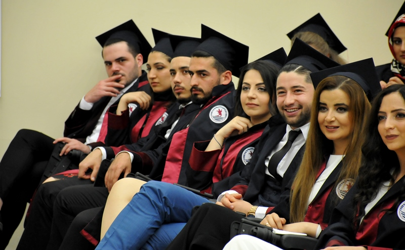 http://www.omu.edu.tr/sites/default/files/files/faculty_of_tourisms_first_graduates/dsc_0146.jpg