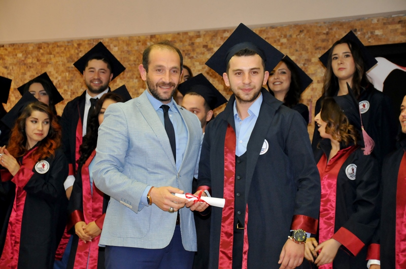 http://www.omu.edu.tr/sites/default/files/files/faculty_of_tourisms_first_graduates/dsc_0197.jpg