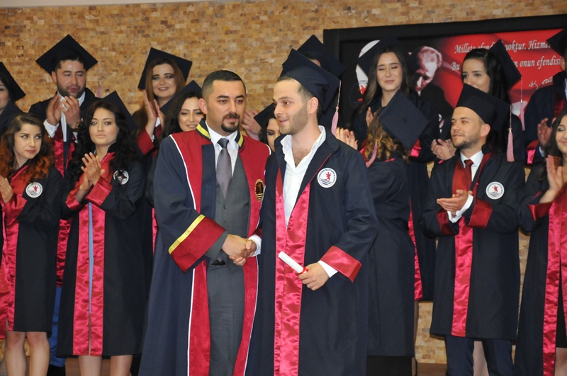 http://www.omu.edu.tr/sites/default/files/files/faculty_of_tourisms_first_graduates/dsc_0199.jpg