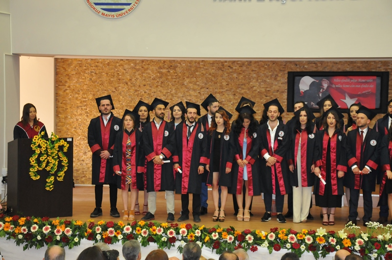 http://www.omu.edu.tr/sites/default/files/files/faculty_of_tourisms_first_graduates/dsc_0213.jpg