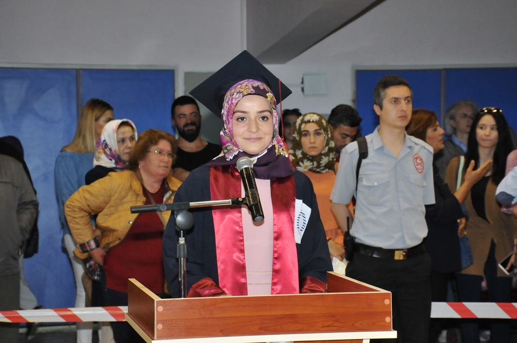 http://www.omu.edu.tr/sites/default/files/files/gelecegin_saglikcilari_mezun_oldu/dsc_0236.jpg