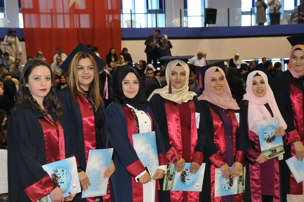 http://www.omu.edu.tr/sites/default/files/files/gelecegin_saglikcilari_mezun_oldu/dsc_0475.jpg