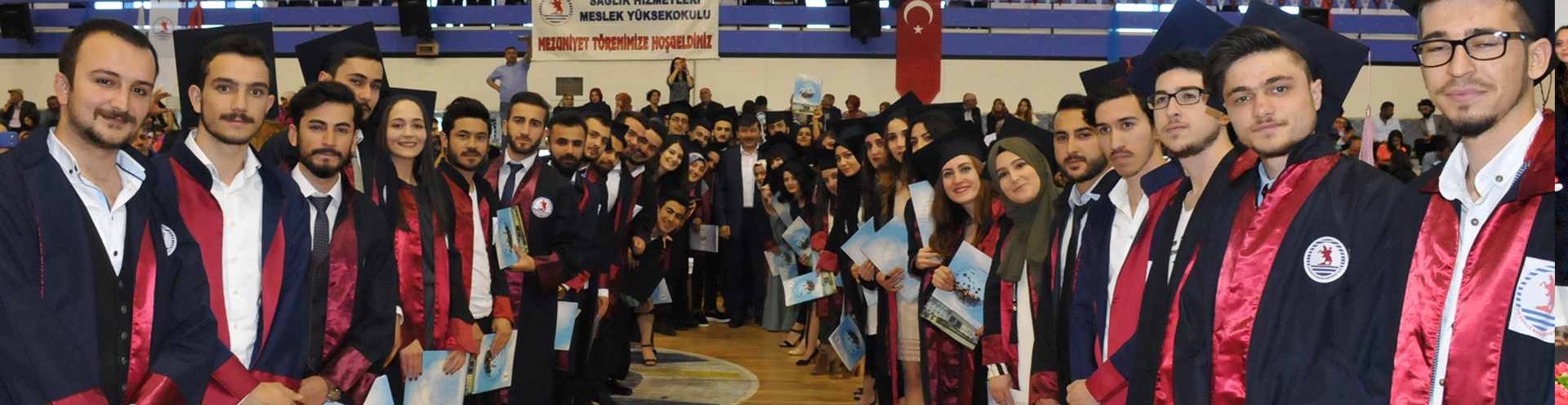 http://www.omu.edu.tr/sites/default/files/files/gelecegin_saglikcilari_mezun_oldu/saglimyodsc_0131.jpg