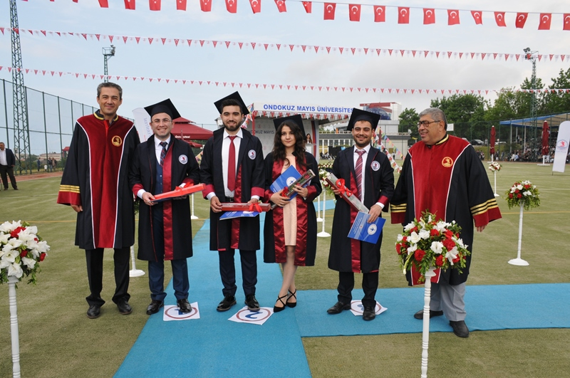 http://www.omu.edu.tr/sites/default/files/files/genc_muhendisler_mezun_oldu/dsc_0060.jpg