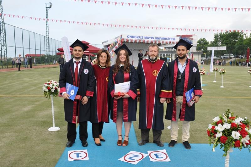 http://www.omu.edu.tr/sites/default/files/files/genc_muhendisler_mezun_oldu/dsc_0092.jpg