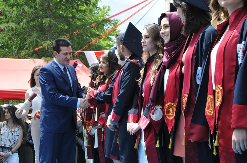 http://www.omu.edu.tr/sites/default/files/files/hukukcular_mezuniyetlerini_kutladi/dsc_0278.jpg