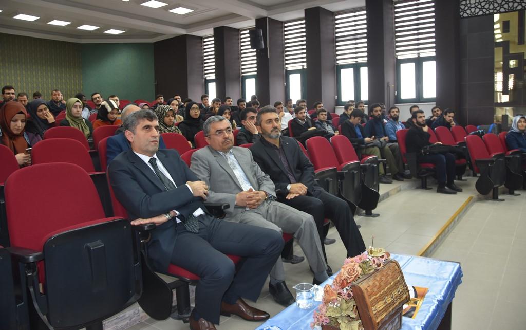 http://www.omu.edu.tr/sites/default/files/files/ilahiyat_fakultesi_ogrencileri_hadis_ezberlemede_yaristi/dsc_0217.jpg