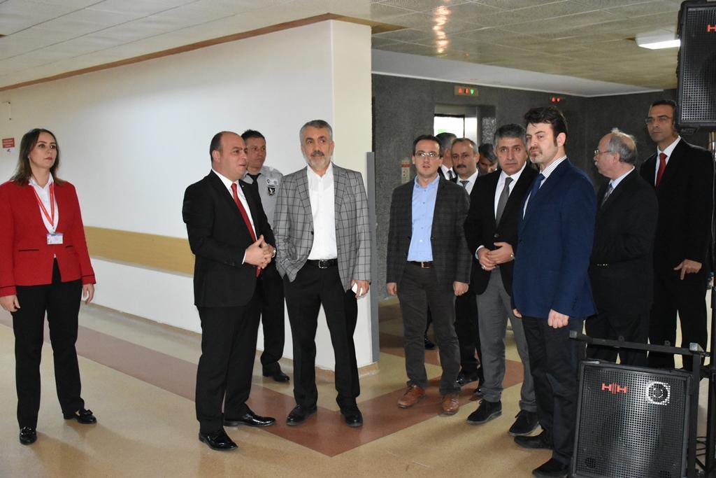 http://www.omu.edu.tr/sites/default/files/files/kulak_burun_bogaz_ve_goz_servisleri_yeni_haliyle_hizmete_acildi/dsc_0441.jpg
