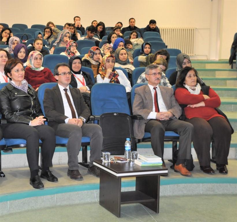 http://www.omu.edu.tr/sites/default/files/files/olumsuzluklarla_mucadelede_gulmek_iyilestirir/dsc_0029.jpg