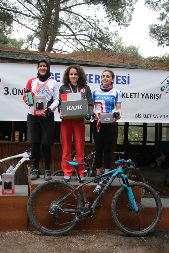 http://www.omu.edu.tr/sites/default/files/files/omu_bicycle_team_wins_another_cup_/havva_bireysel.jpg