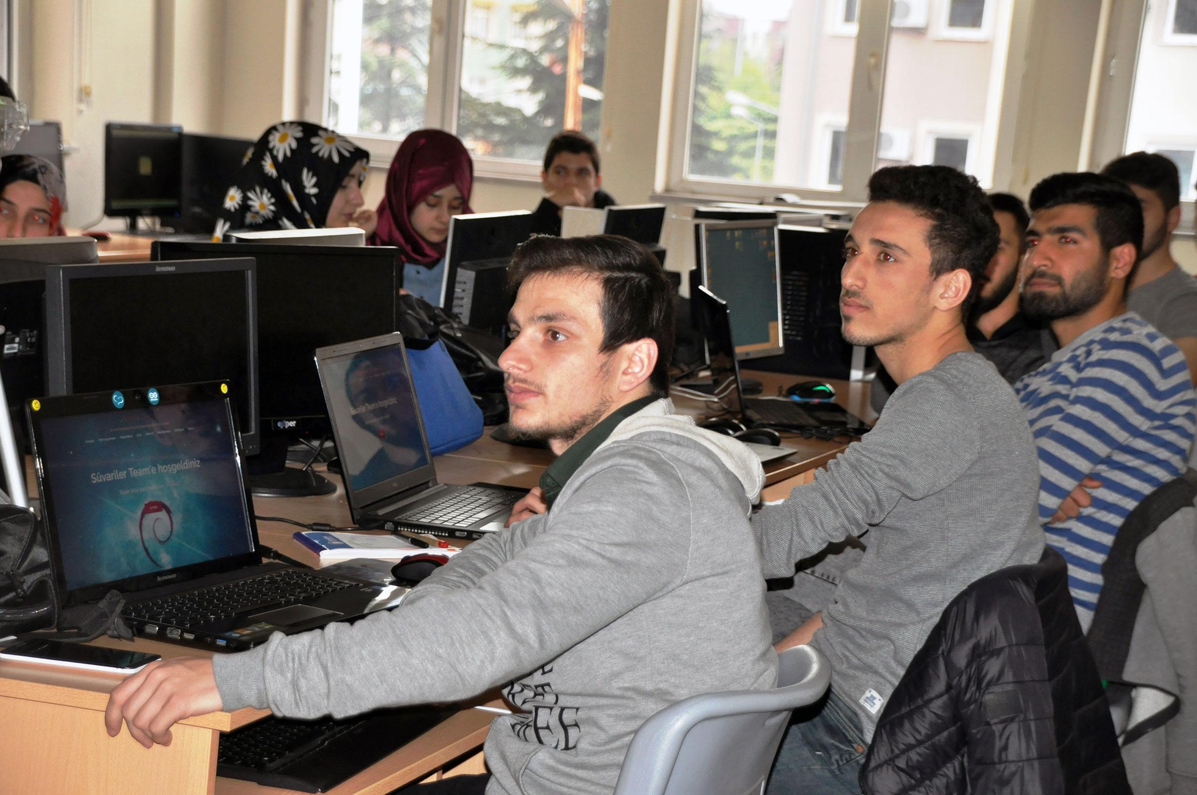 http://www.omu.edu.tr/sites/default/files/files/omu_hacker_kampa_ev_sahipligi_yapti/1_hackercamp2017.jpg