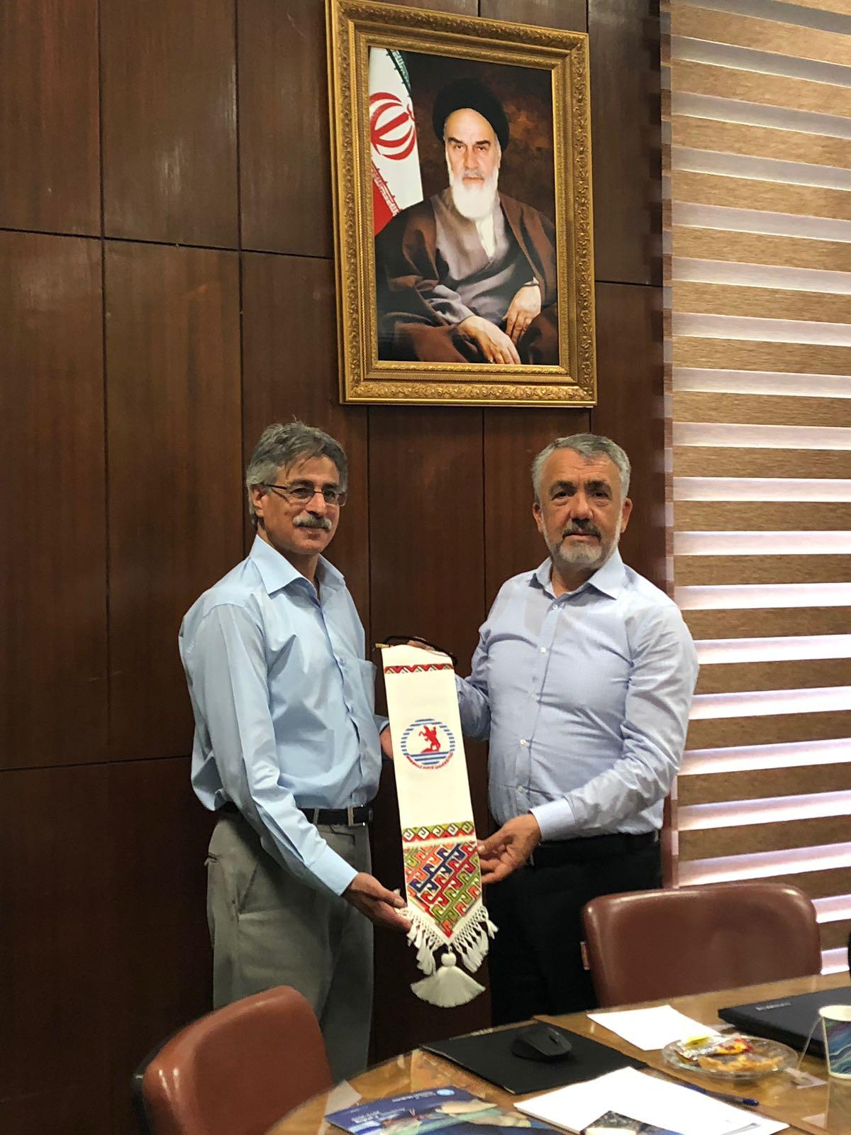 http://www.omu.edu.tr/sites/default/files/files/omu_ile_tahran_universitesi_is_birligi_yapacak/5_omu_iran_ziyaret_veteriner_fak.jpeg