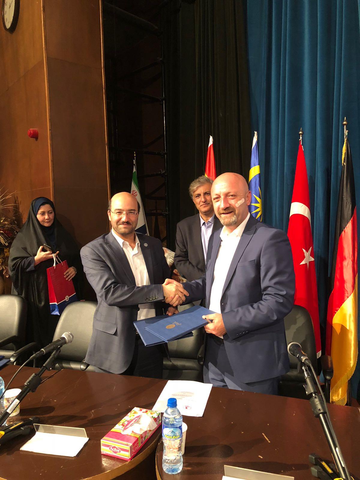 http://www.omu.edu.tr/sites/default/files/files/omu_ile_tahran_universitesi_is_birligi_yapacak/8_omu_iran_ziyaret_isletme_fak.jpeg