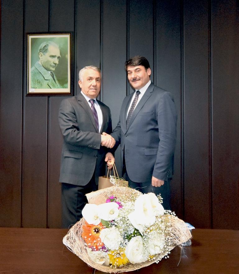 http://www.omu.edu.tr/sites/default/files/files/omu_turkce_ogrencileri_rektor_bilgice_kendilerini_anlattilar/dsc_8562.jpg