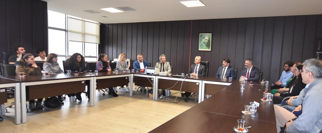 http://www.omu.edu.tr/sites/default/files/files/omu_turkce_ogrencileri_rektor_bilgice_kendilerini_anlattilar/dsc_8620.jpg