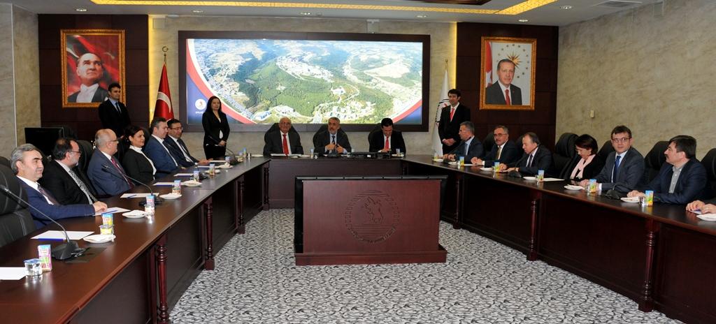 http://www.omu.edu.tr/sites/default/files/files/omu_turkiyede_bir_ilk_olan_ornek_projenin_mekani_oldu/dsc_0424.jpg