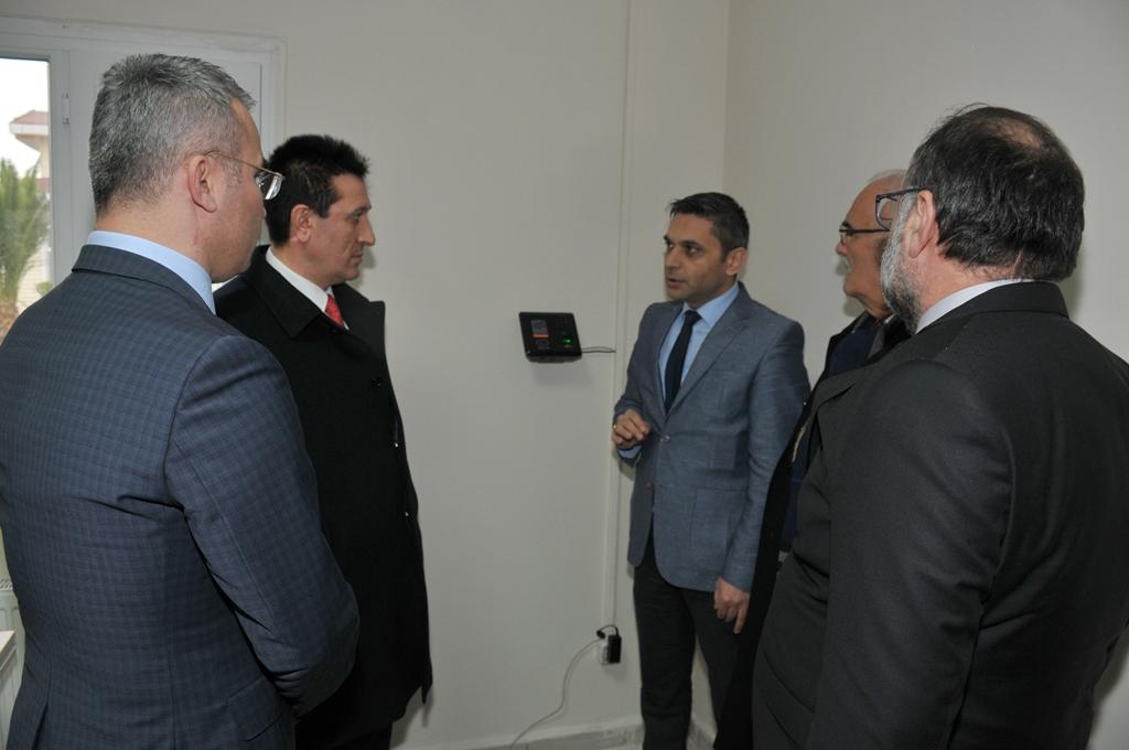http://www.omu.edu.tr/sites/default/files/files/omu_turkiyede_bir_ilk_olan_ornek_projenin_mekani_oldu/dsc_0464.jpg