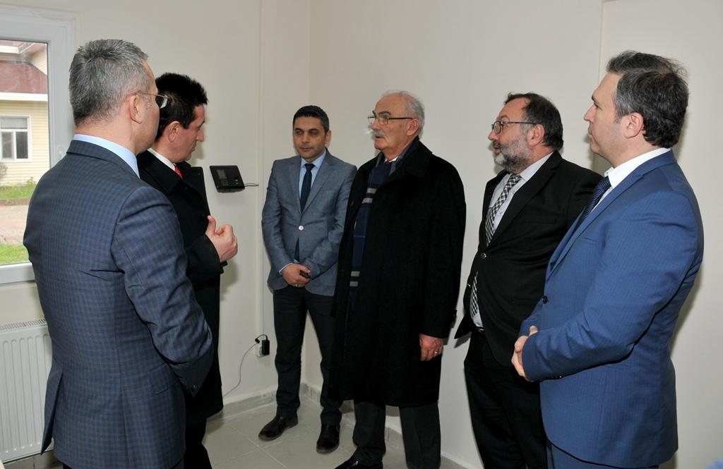 http://www.omu.edu.tr/sites/default/files/files/omu_turkiyede_bir_ilk_olan_ornek_projenin_mekani_oldu/dsc_0475.jpg