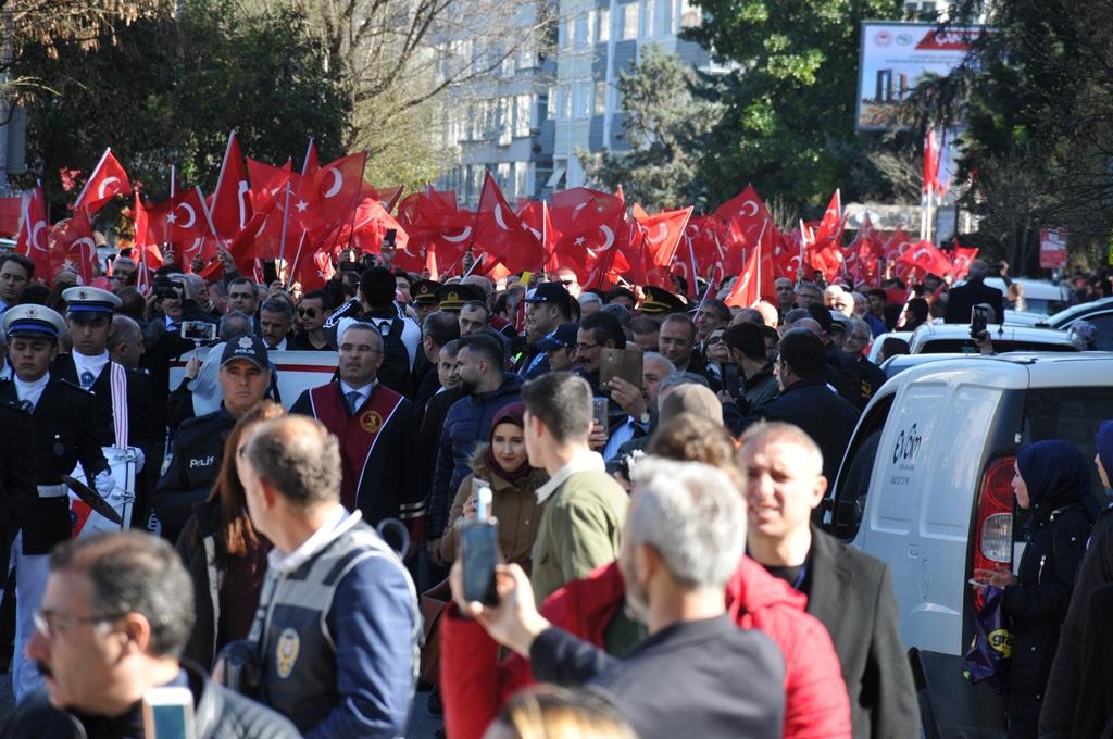 http://www.omu.edu.tr/sites/default/files/files/omu_ve_samsun_sehitlerimiz_icin_tek_yurek_oldu/dsc_0347.jpg