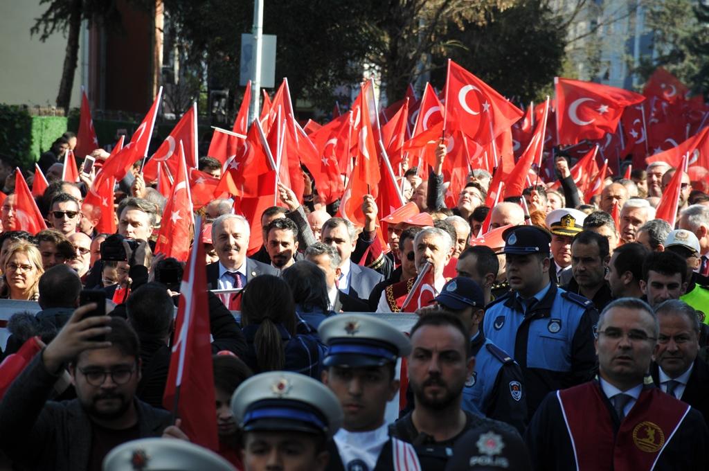 http://www.omu.edu.tr/sites/default/files/files/omu_ve_samsun_sehitlerimiz_icin_tek_yurek_oldu/dsc_0352.jpg