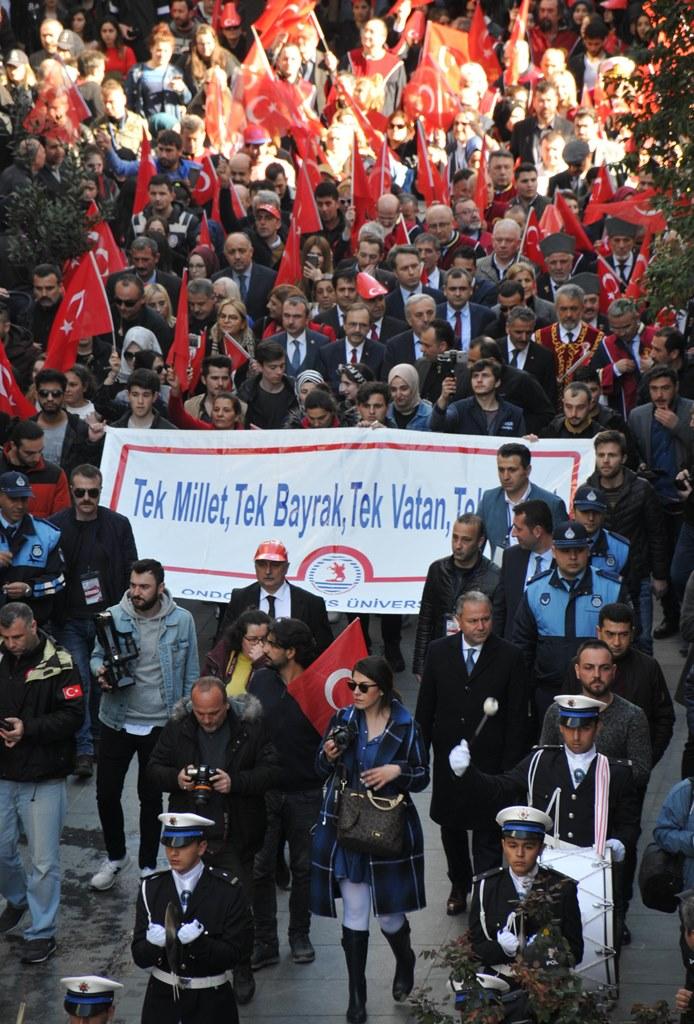 http://www.omu.edu.tr/sites/default/files/files/omu_ve_samsun_sehitlerimiz_icin_tek_yurek_oldu/dsc_0382.jpg