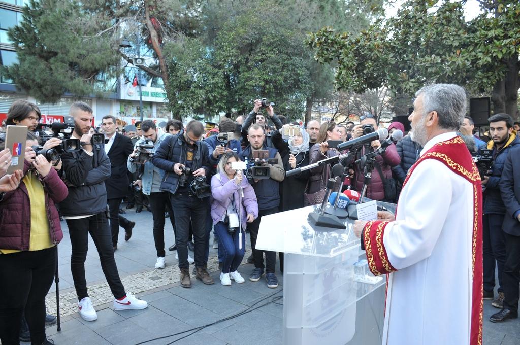 http://www.omu.edu.tr/sites/default/files/files/omu_ve_samsun_sehitlerimiz_icin_tek_yurek_oldu/dsc_0468.jpg