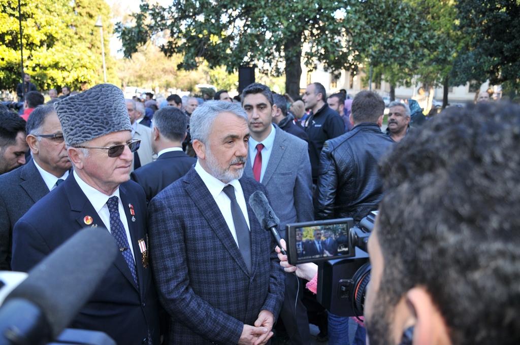 http://www.omu.edu.tr/sites/default/files/files/omu_ve_samsun_sehitlerimiz_icin_tek_yurek_oldu/dsc_0502.jpg