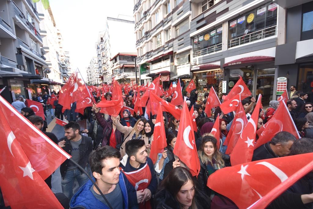 http://www.omu.edu.tr/sites/default/files/files/omu_ve_samsun_sehitlerimiz_icin_tek_yurek_oldu/dsc_7855.jpg