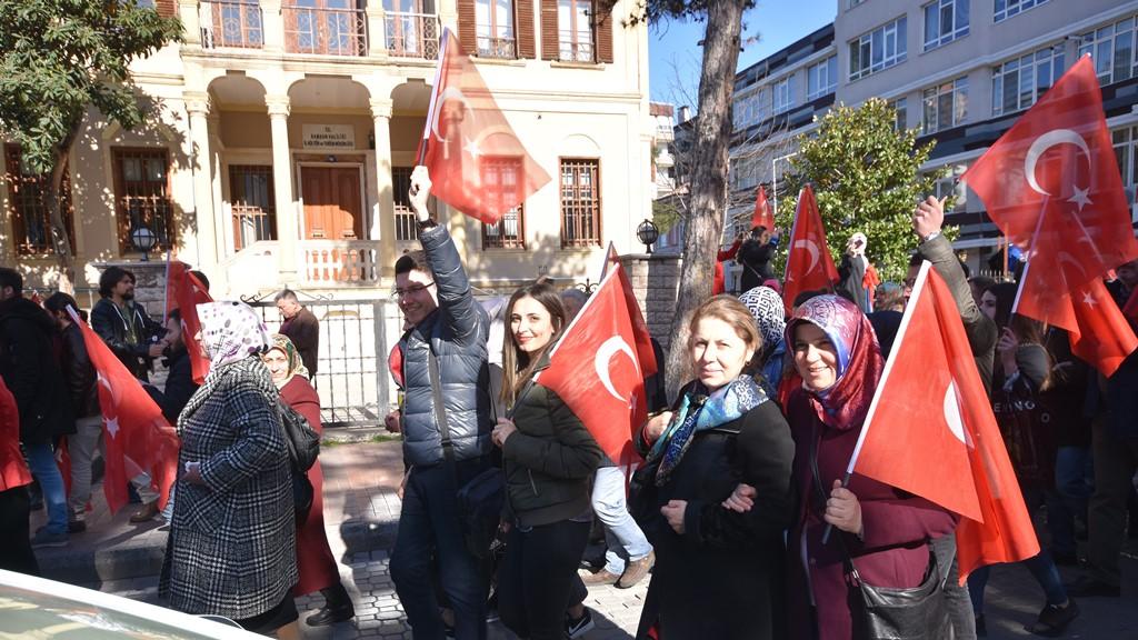 http://www.omu.edu.tr/sites/default/files/files/omu_ve_samsun_sehitlerimiz_icin_tek_yurek_oldu/dsc_7938.jpg