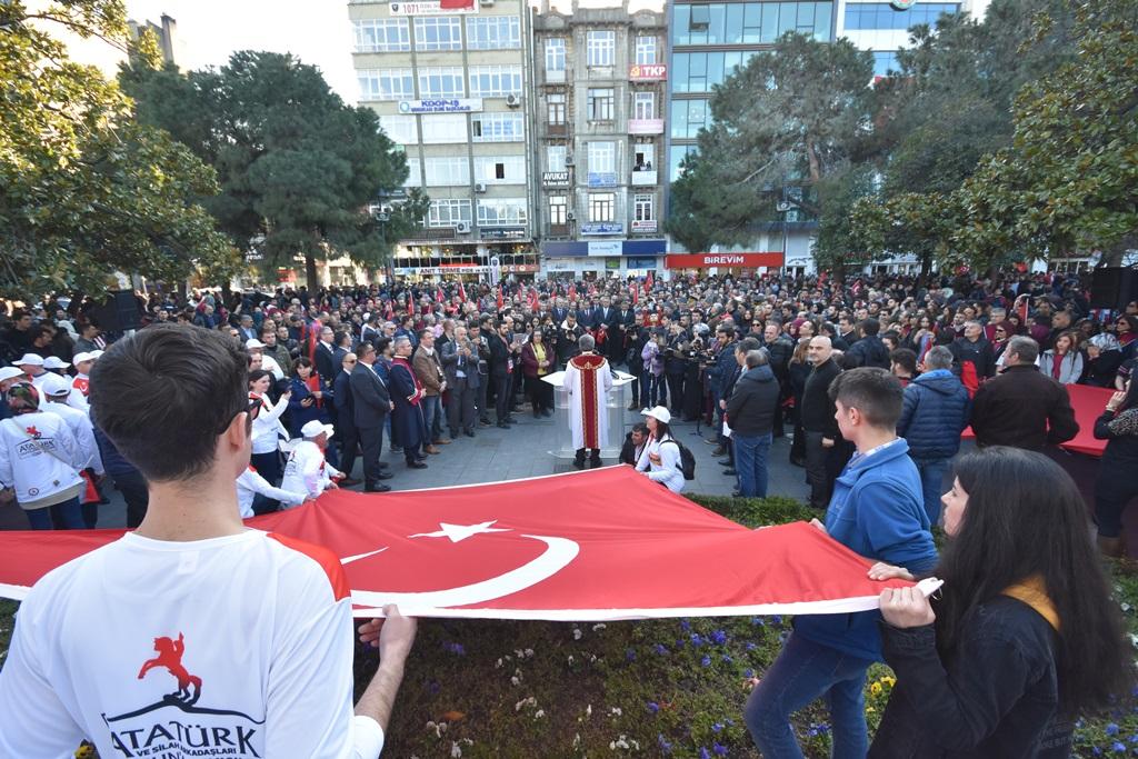 http://www.omu.edu.tr/sites/default/files/files/omu_ve_samsun_sehitlerimiz_icin_tek_yurek_oldu/dsc_8083.jpg
