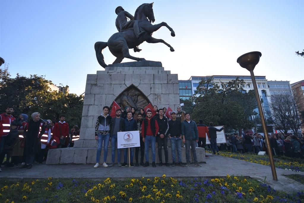 http://www.omu.edu.tr/sites/default/files/files/omu_ve_samsun_sehitlerimiz_icin_tek_yurek_oldu/dsc_8167.jpg