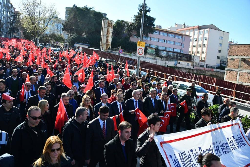 http://www.omu.edu.tr/sites/default/files/files/omu_ve_samsun_sehitlerimiz_icin_tek_yurek_oldu/whatsapp_image_2019-03-18_at_20.48.22.jpeg