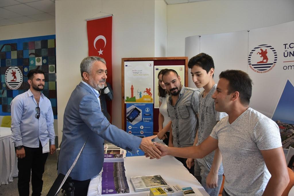 http://www.omu.edu.tr/sites/default/files/files/rektor_bilgic_yeni_ogrencilerin_mutluluguna_ortak_oldu/dsc_4991.jpg