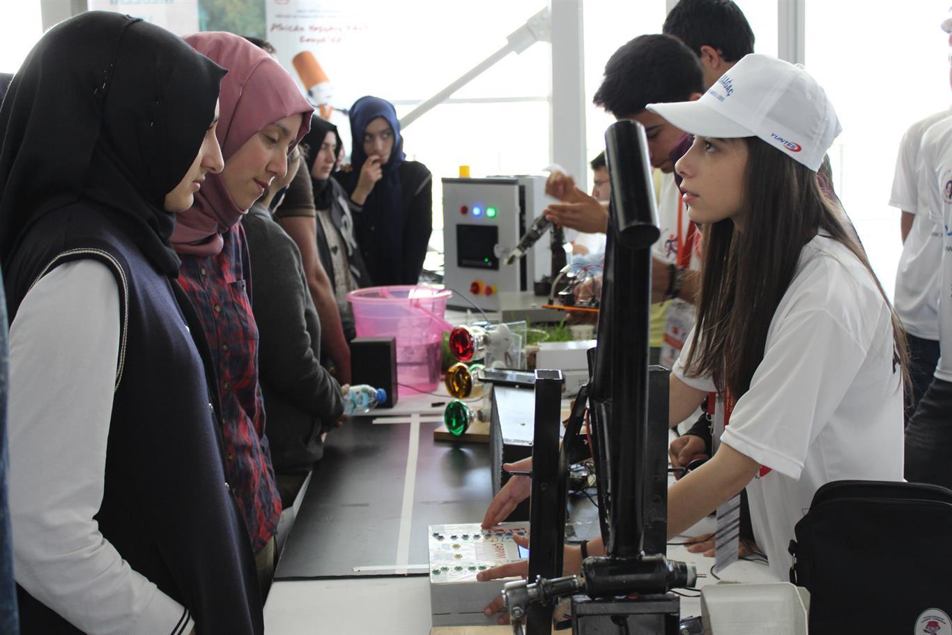 Samsunda Robot Yarışması Heyecanı Omü Ondokuz Mayıs üniversitesi