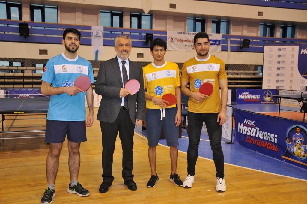http://www.omu.edu.tr/sites/default/files/files/students_ranking_the_highest_in_the_international_table_tennis_tournament_got_their_trophies/dsc_0032.jpg